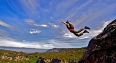 Should BASE jumping be legalised in Australia ?